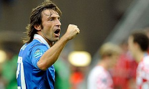 tendangan chip pirlo